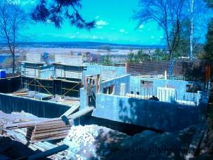 строительство дома с бассейном
